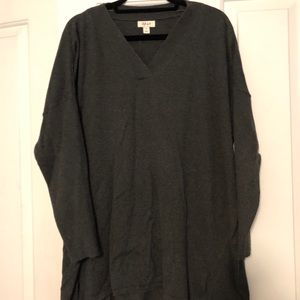 Style & Co XL gray v-neck